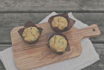 Muffins with peas and sun Dried Clai