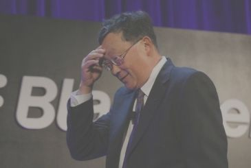 """The CEO of BlackBerry criticism of Apple: """"Think only of itself"""""""
