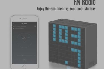 Divoom TimeBox: powerful speaker bluetooth with display in pixel art, radio, alarm clock and thermometer
