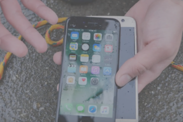 IPhone 7 vs. Galaxy S7: whoever holds the most water?