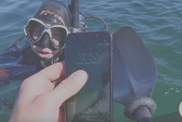 Dive underwater with iPhone 7: to what depth will resist? [Video]