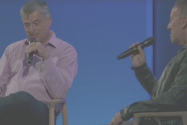 Eddy Cue interviewed Bruce Springsteen at the Soho Apple Store