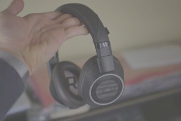 Review Plantronics BackBeat Pro 2: incredible sound at incredible price!