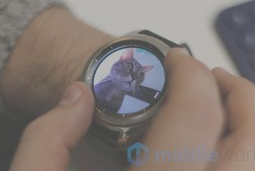 Samsung announces the compatibility of its smartwatch Gear with iOS, but then reconsiders