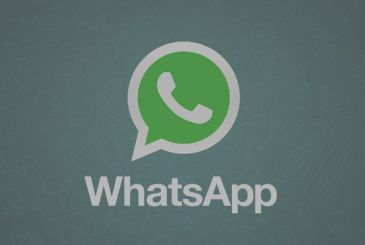 A backdoor in the WhatsApp allows you to intercept the messages
