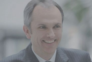 Luca Maestri, Apple will speak at the Goldman Sachs Technology and Internet Conference