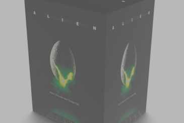 Seems to be an Egg of Alien, but is a container activated by motion sensors!