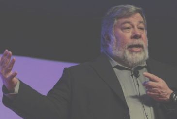 """Wozniak: 'The iPhone cost so much, but it's worth it"""""""