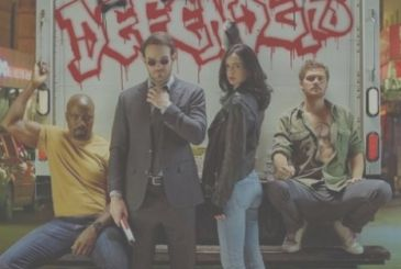 The Defenders, Charlie Cox examines the relationship of Daredevil with the other superheroes