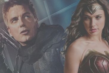 John Barrowman in the role of Wonder Woman at Dragon con