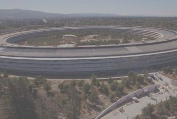 The spectacular sunset over the Apple Park taken from a drone in 4K