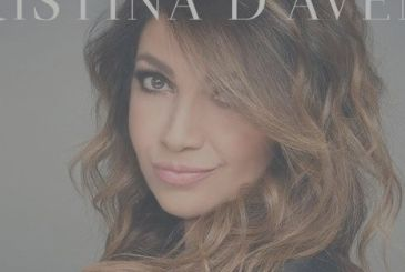 All singing Cristina: revealed the 16 artists who will sing the abbreviations, together with Cristina D'avena