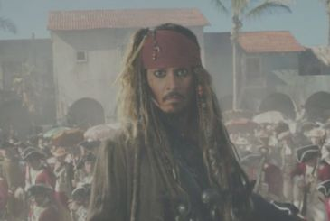 Pirates of the Caribbean: Johnny Depp is sorry he dressed as Jack Sparrow at Disneyland