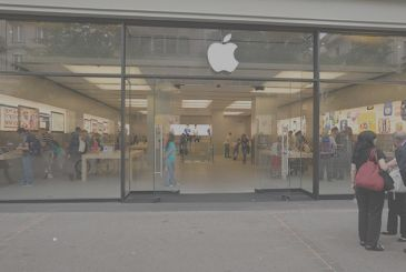 Explodes the battery of the iPhone at the Apple Store swiss