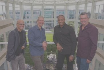 Jimmy Iovine will not leave Apple in August