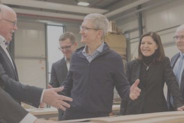 Tim Cook wrote to his employees: bonuses and other news!