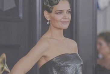 Here's how Katie Holmes was prepared for the Grammy