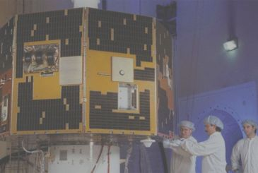 Amateur astronomer found, after 13 years, a NASA satellite lost in space!
