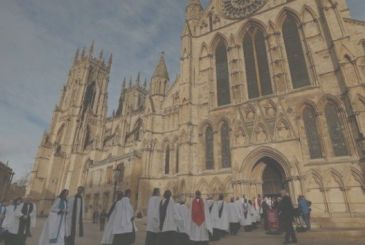 The anglican Church accepts payments via Apple Pay