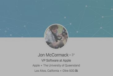 Apple takes on Jon McCormack, former director of Google and Amazon