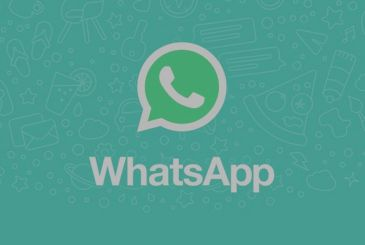 WhatsApp asks for confirmation of the age and explains how the personal data will be used by Facebook