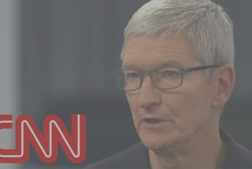 "Tim Cook, CEO of Apple: ""privacy is a fundamental human right"" [Video]"