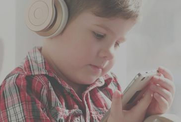 The portable players of music can damage the hearing of children, reveals a new study