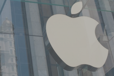 Former Apple employee arrested for selling company secrets