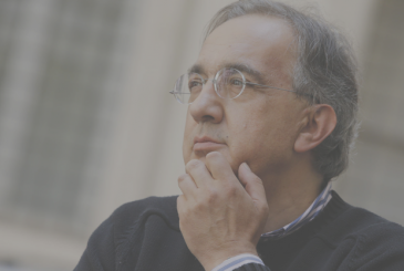 """Tim Cook recalls, Marchionne: """"visionary of the automotive industry and exceptional leader"""""""