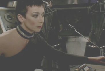And it is she, Jacqueline Pearce, star of Doctor Who and Black's 7