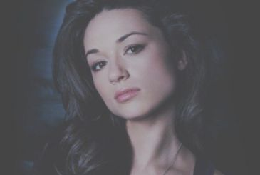 Swamp Thing: Crystal Reed (Gotham) in the cast as Abby Arcane