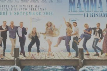 Mamma Mia! Here we go again Ol Parker | Review
