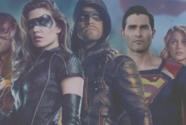 Arrowverse: Superman in black costume for the crossover Elseworlds