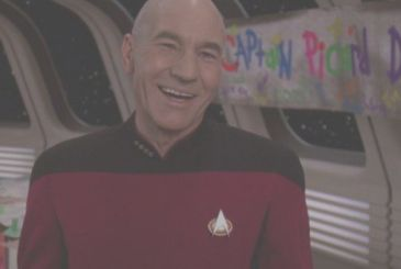 Star Trek revealed the title of the series on Picard?