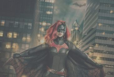Batwoman: the villain, the role of Batman, and Supergirl and the sexuality of Kate