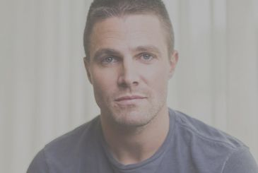 Stephen Amell (Arrow) will be the villain in a series on the wrestling