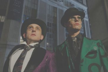 Gotham: Robin Lord Taylor responds to the comments that are homophobic on his Penguin