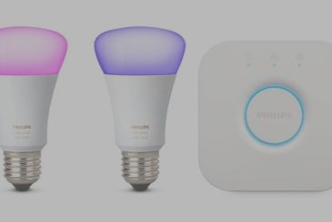 Philips Hue: the Starter Kit with 2 light bulbs E27 White and Colors on offer only for today
