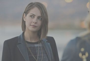 Arrow 8: Willa Holland goes back as Thea Queen
