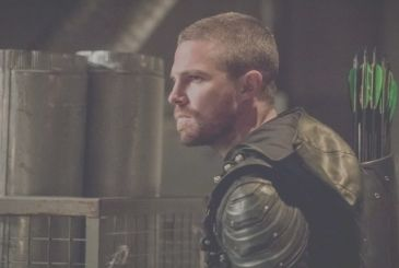 Arrow: Stephen Amell donned the costume for the last time