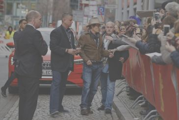 Johnny Depp and the other: a slice of Hollywood to Berlin