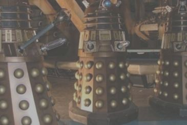 Coronavirus: a Dalek orders the citizens to stay at home